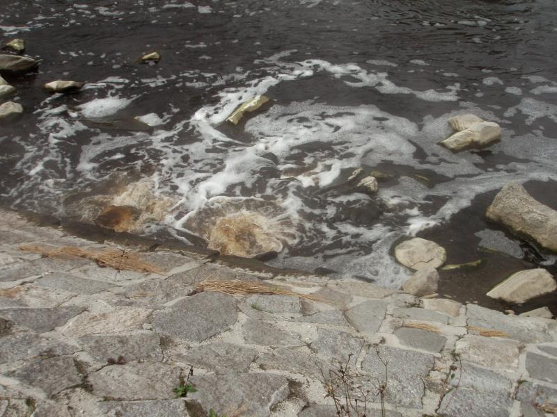 Odpadní voda - řeka Ostravice